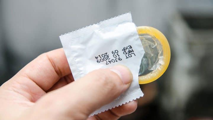 nettoyer et réutiliser un préservatif