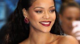 Rihanna élégante au mariage de sa meilleure amie
