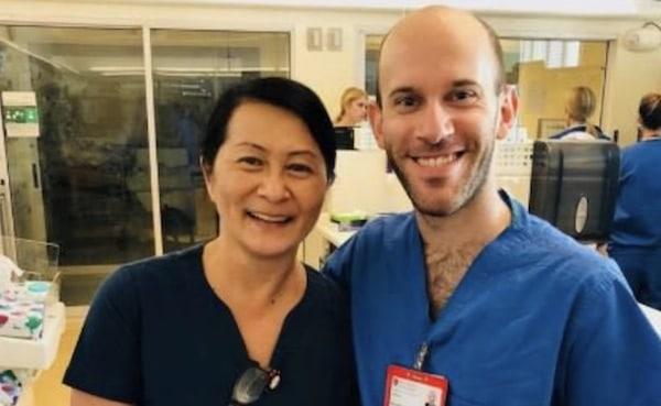 Cette infirmière et ce médecin se retrouvent 30 ans plus tard, leur histoire est bouleversante