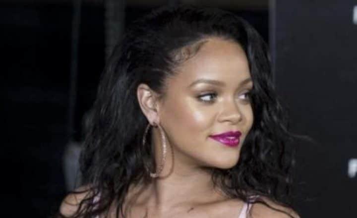 Rihanna sexy en lingerie
