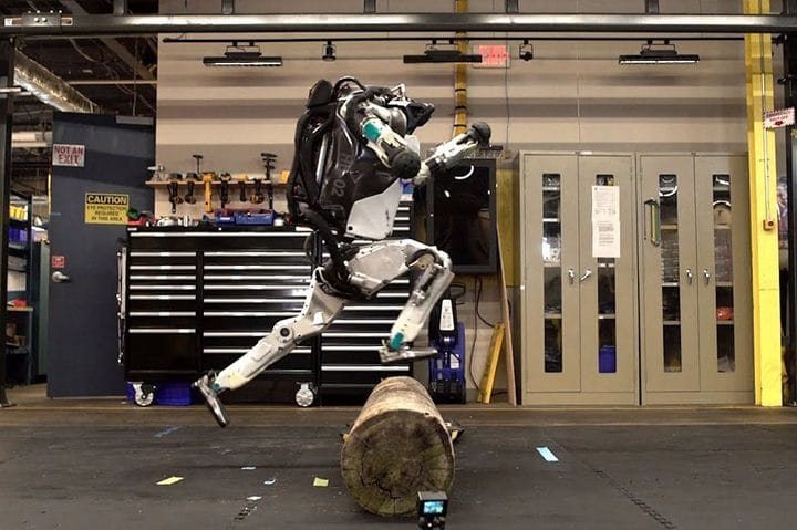 Atlas-robot-humanoïde-boston-dynamics-obstacles