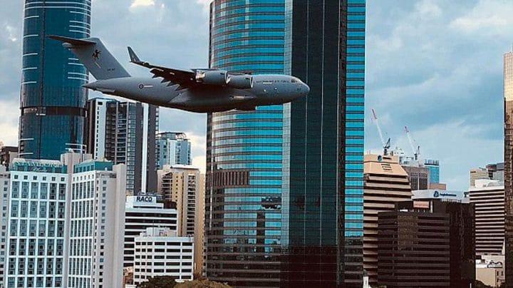avion basse altitude armée
