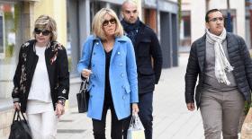 Brigitte Macron et Mimi Marchand