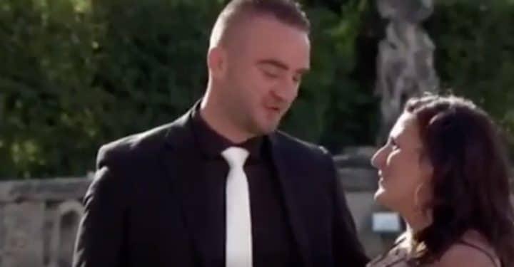 ce couple a créé le malaise dans 4 mariages pour une lune de miel