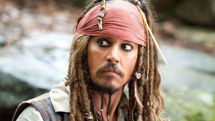 jack-sparrow-johnny-depp-pirates-des-caraïbes
