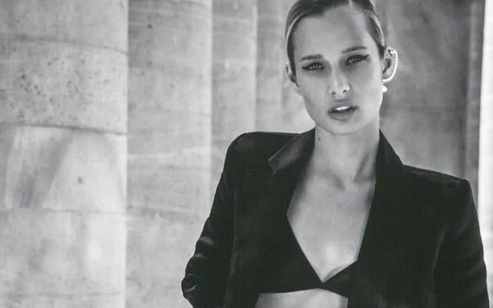 Ilona Smet fait tomber le bas sur Instagram