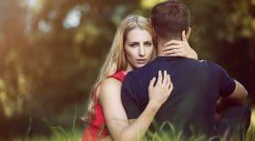 jeune-femme-terrifiee-relations-sexuelles-vierge
