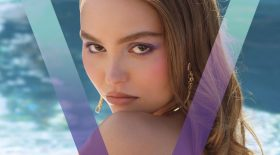lily-rose-depp-seins-nus-en-couverture-du-magazine