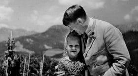 Adolf-hitler-photo-petite-fille-juive-enchères-rosa