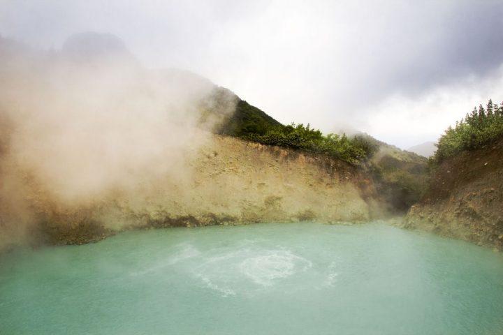 lac bouillant en Dominique