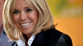 Brigitte Macron souriante