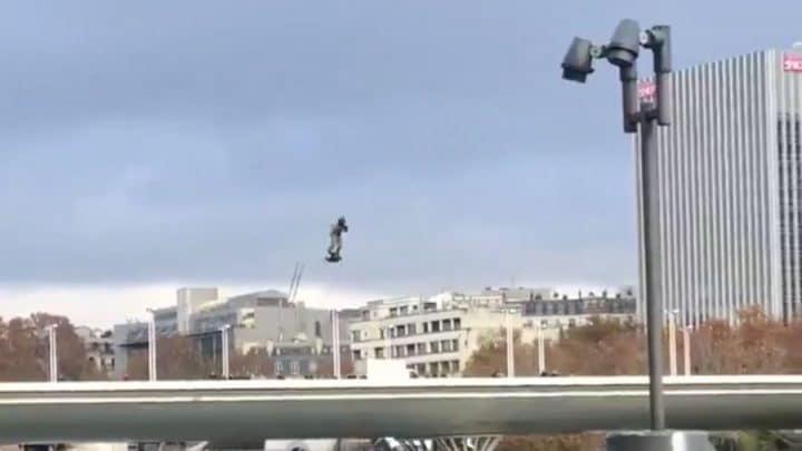 militaire hoverboard à paris