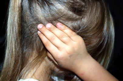 Une enfant punie