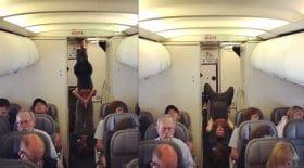 couple yoga en avion