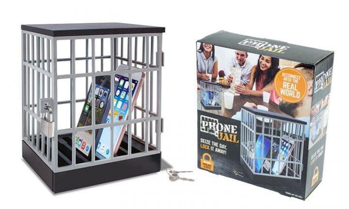 prison smartphone