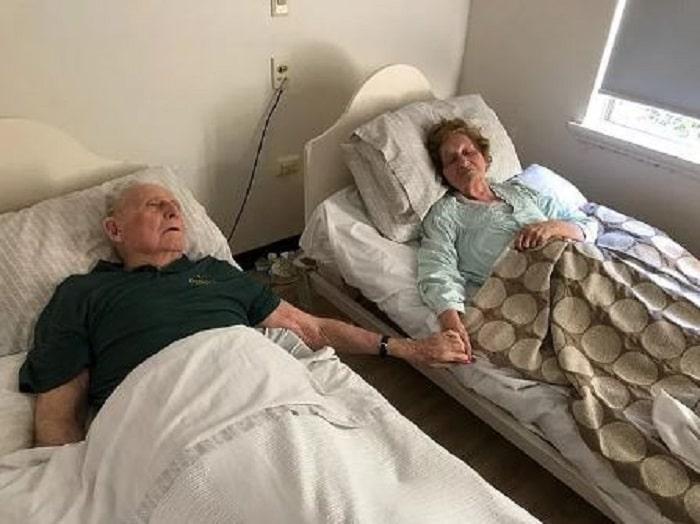 couple-marié-70-ans-décède-main-dans-main