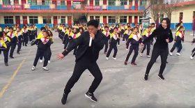 danse synchronisée à l'école