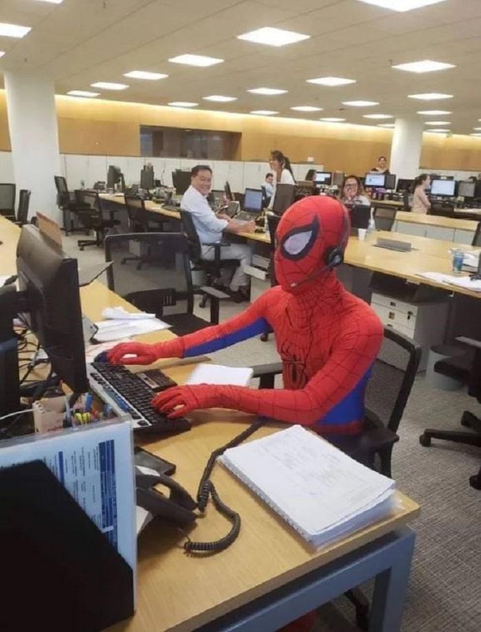 dernier-jour-travail-spiderman