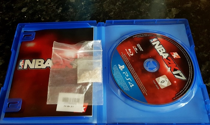 papa-découvre-ecstasy-jeu-video-fils-4ans-game