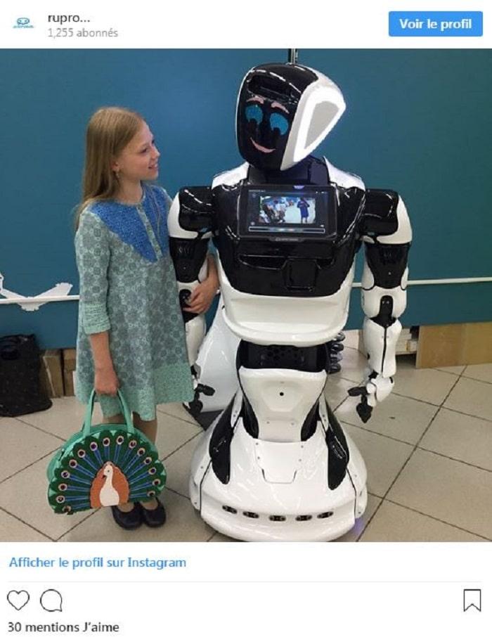 robot-tué-par-tesla-mode-autonome-mort