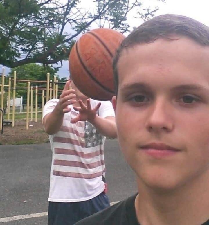 selfie basketball