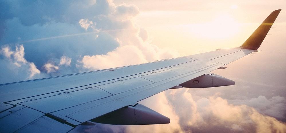 La vidéo impressionnante de cet avion chahuté par des vents ...