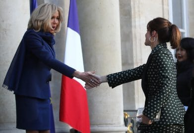 Brigitte Macron prend les rênes de l'Elysée