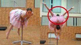 danseuse ballerine tête entre les jambes
