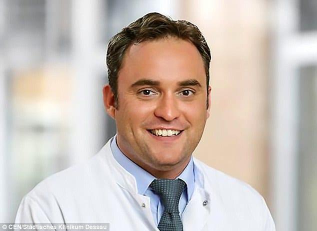 Dr Andreas David Niederbichler