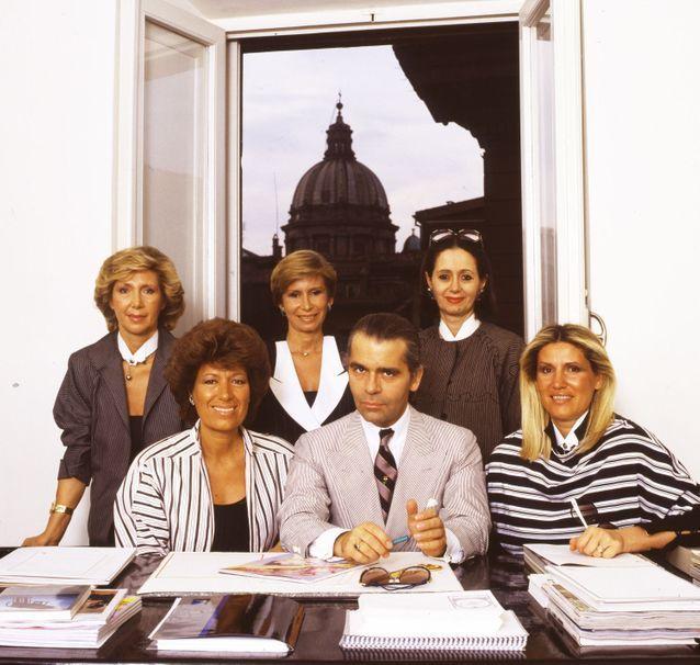 Karl-Lagerfeld-et-les-soeurs-Fendi