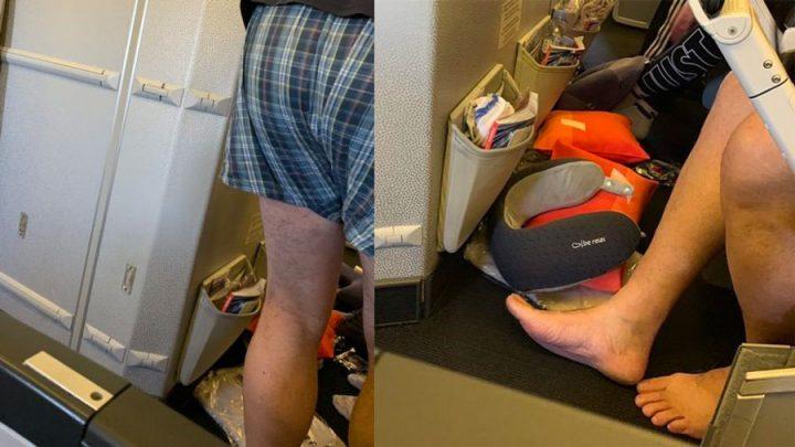 passager avion en caleçon et chaussettes