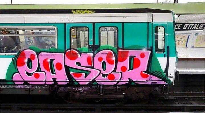 graffitis métro