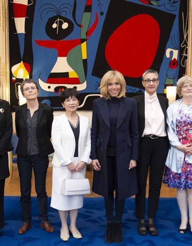 Brigitte Macron ose le jean slim à l'Elysée