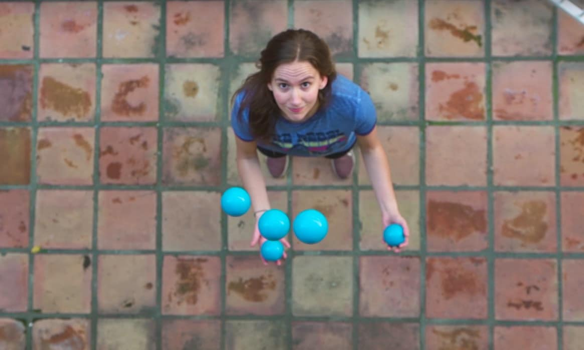 Une vidéo de jonglage comme vous n'en avez jamais vu !
