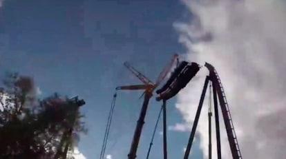Découvrez comment un parc d'attractions se construit !