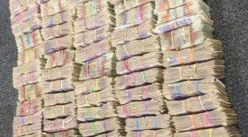 police découvre un demi-million de livres en cash