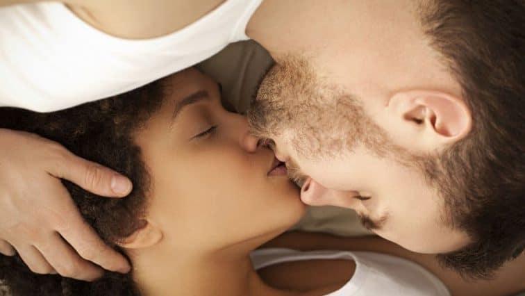 Arrêtez tout ! On vous présente les 10 bienfaits du sexe !