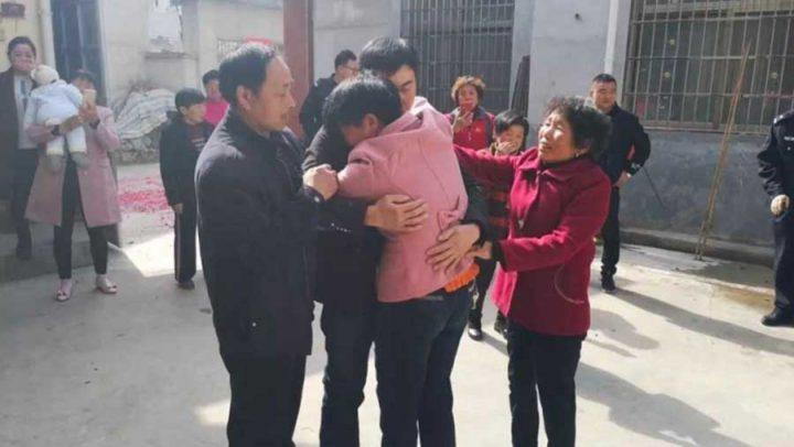 enfant kidnappé retrouve ses parents