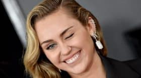 Miley Cyrus toujours sexy sur Instagram