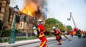 Pompiers Paris Notre Dame