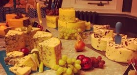 alerte-restaurant-de-fromage-a-volonte-debarque-en-france