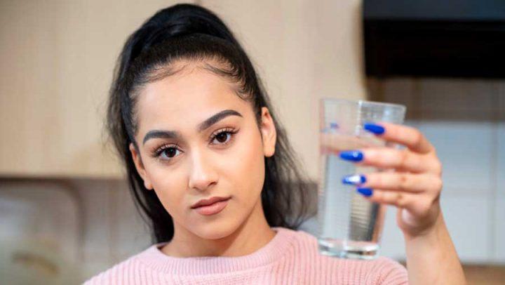 allergique à l'eau souffre prurit aquagénique