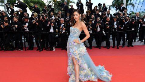 Festival de Cannes : Araya Hargate dévoile sa petite culotte