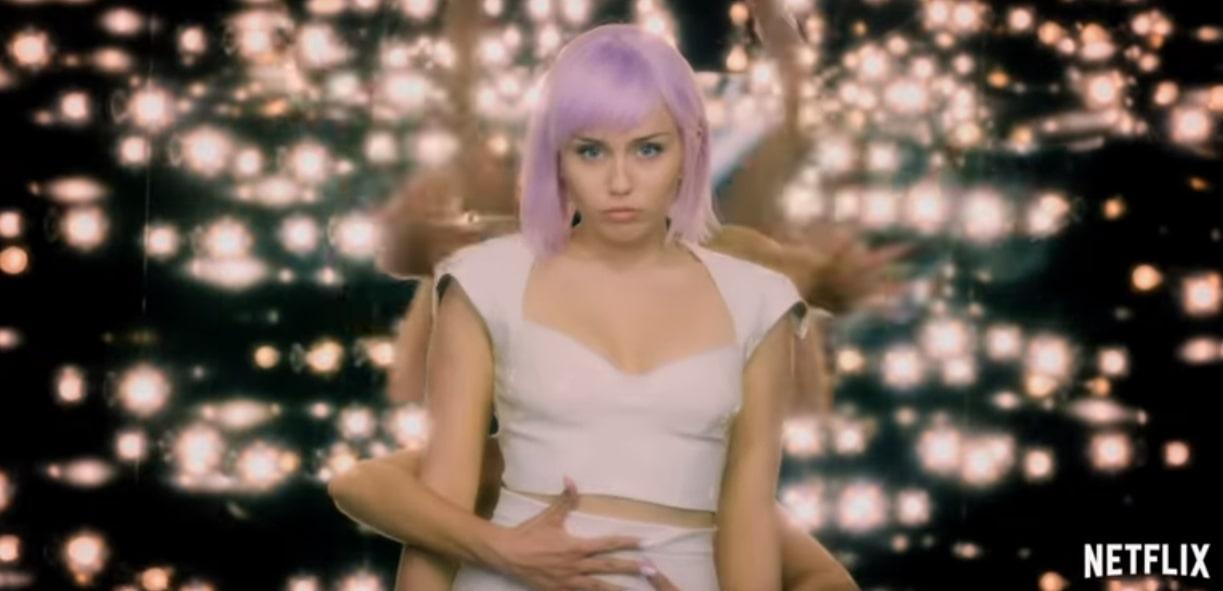 Netflix dévoile le nouveau trailer de la saison 5 de Black Mirror, avec Miley Cyrus !