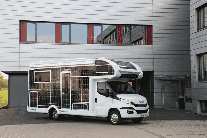 pour-les-amoureux-du-road-trip-voici-le-camping-car-solaire