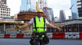 Agent de construction influenceur