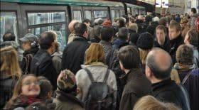 metro paris bondé