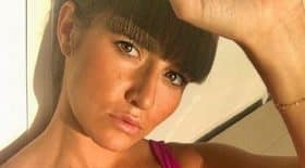 laetitia-hallyday-petite-soeur-saffiche-bikini-ultra-sexy-instagram
