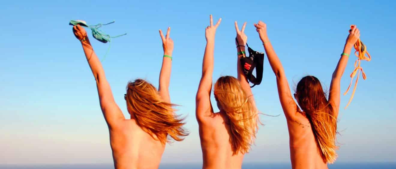 Des femmes demandent à la Cour Suprême des États-Unis de dépénaliser le fait d'apparaître seins nus en public