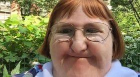 Melissa Blake vivement critiquée sur son physique répond avec aplomb